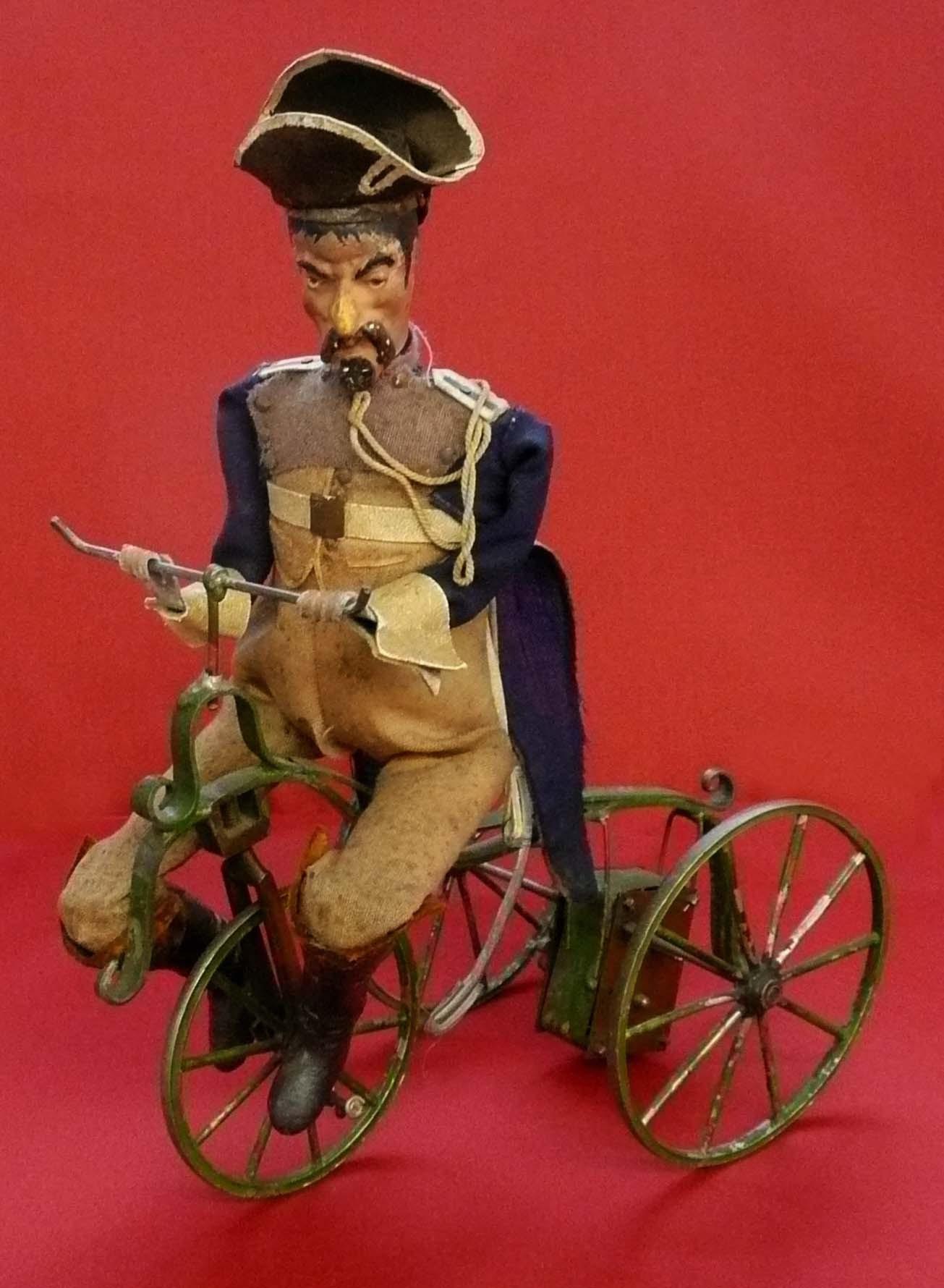 Gendarme en tricycle - fin 19ème siècle